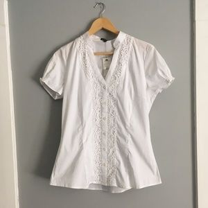 Express essential stretch lace button down T-shirt